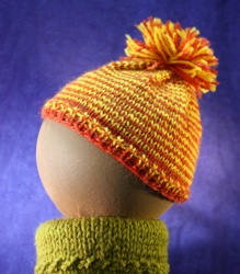 Baby Hat with Pom Pom image