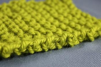Knitted seam edge
