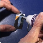 Gluing a photo magnet